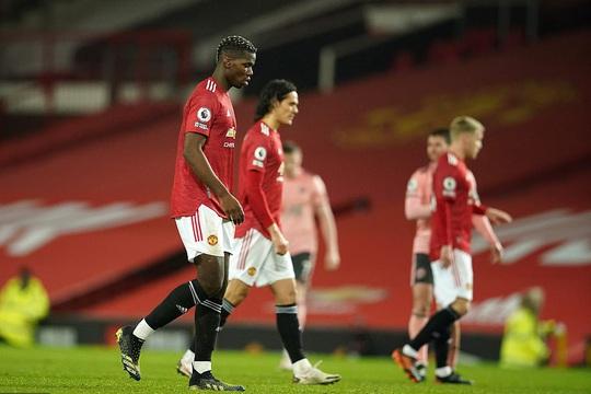 Thua sốc đội chót bảng, Man United mất trắng ngôi đầu Ngoại hạng - Ảnh 8.