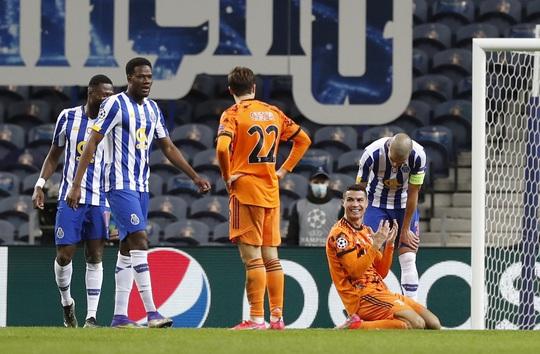 Ronaldo tịt ngòi ngày về quê, Juventus trắng tay trước chủ nhà Porto - Ảnh 6.