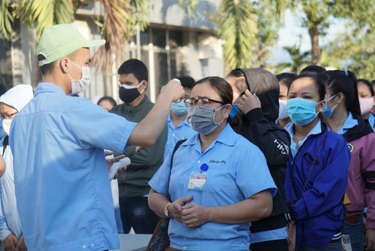Kết quả xét nghiệm nam công nhân Hải Dương vào Đà Nẵng trốn viện có triệu chứng ho, sốt - Ảnh 1.