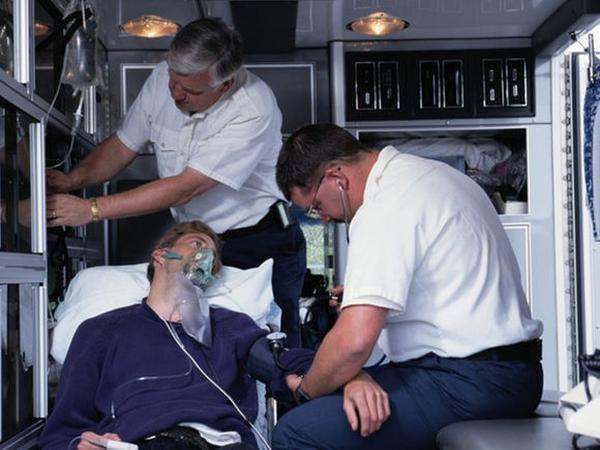 Sau nhiễm trùng hô hấp, nguy cơ đau tim tăng