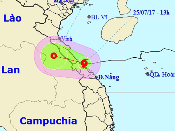 Bão giật cấp 9-10 đổ bộ vào Hà Tĩnh và Quảng Trị