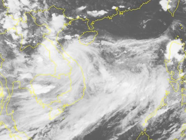 Bão số 4 suy yếu thành áp thấp nhiệt đới chỉ trong 1 giờ