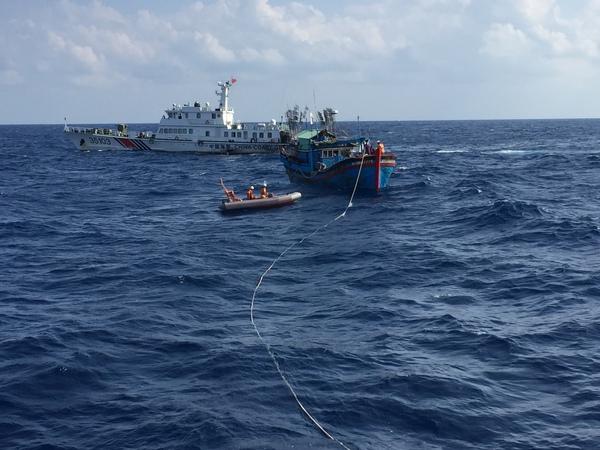 4 thuyền viên Việt Nam bị tàu Indonesia bắn trọng thương