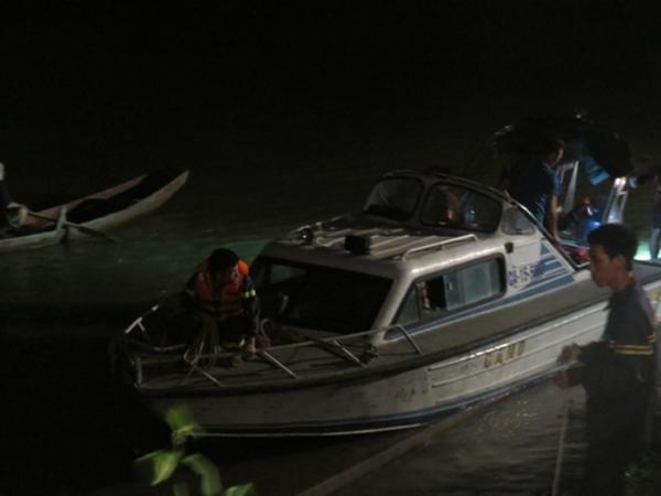 Rủ nhau tắm sông, hai học sinh thiệt mạng do đuối nước
