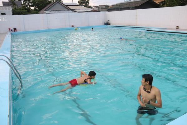 Học sinh chết đuối ở hồ bơi giữa TP Tam Kỳ