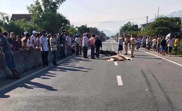 Phó chủ tịch HĐND xã tử nạn khi băng qua đường