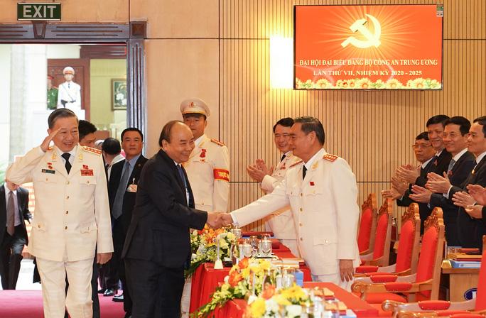 Thủ tướng Nguyễn Xuân Phúc dự, chỉ đạo Đại hội Đảng bộ Công an Trung ương - Ảnh 3.