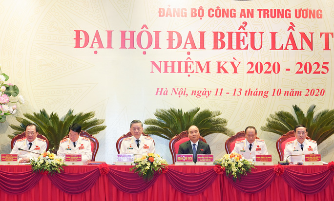 Thủ tướng Nguyễn Xuân Phúc dự, chỉ đạo Đại hội Đảng bộ Công an Trung ương - Ảnh 6.