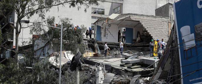 Động đất mạnh giáng xuống Mexico, hơn 130 người chết - Ảnh 1.