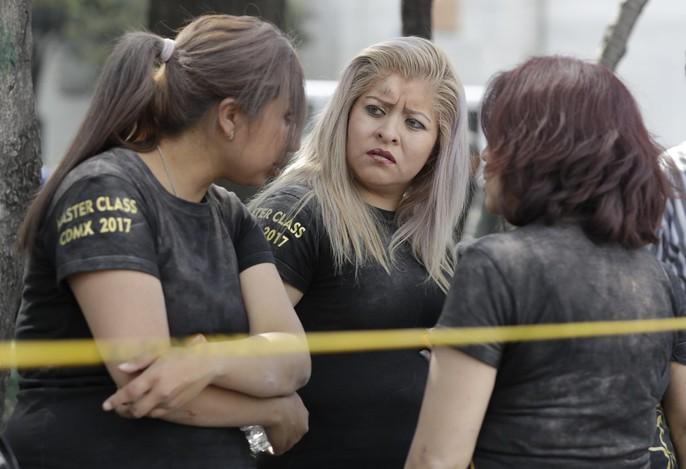 Động đất mạnh giáng xuống Mexico, hơn 130 người chết - Ảnh 7.