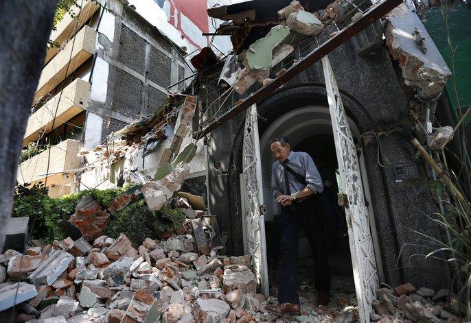 Động đất mạnh giáng xuống Mexico, hơn 130 người chết - Ảnh 5.