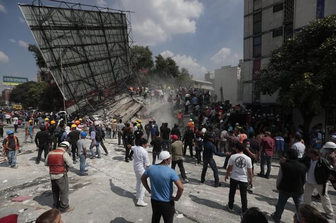 Động đất mạnh giáng xuống Mexico, hơn 130 người chết - Ảnh 4.