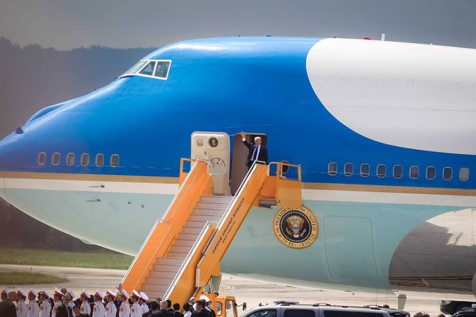 APEC 2017: Tổng thống Mỹ Donald Trump đến Đà Nẵng - Ảnh 2.
