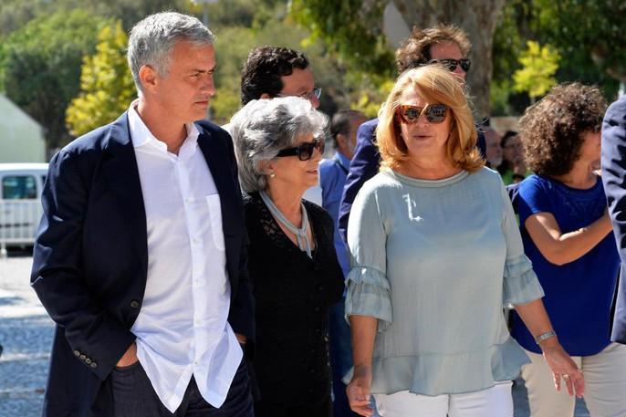 Có một con đường mang tên Mourinho - Ảnh 5.