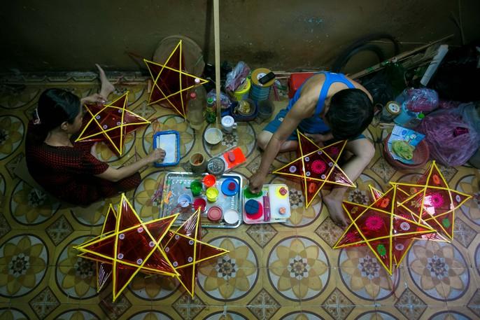 Làng lồng đèn giấy kiếng hồi sinh giữa Sài Gòn - Ảnh 12.