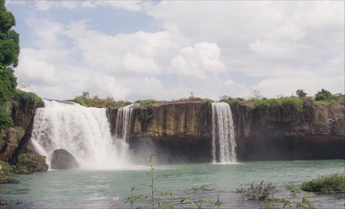 Những thác nước hùng vĩ đến khó tin ở Việt Nam - Ảnh 12.
