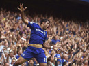 Nhấn chìm Swansea 4-2, Chelsea độc chiếm ngôi đầu