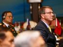 Bộ trưởng Quốc phòng Mỹ lên tàu sân bay lớn nhất tuần tra biển Đông