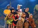 Sân khấu kịch cho khán giả khu vực Chợ Lớn