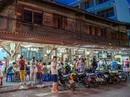 """Starbucks chỉ là """"tép riu"""" tại Việt Nam?"""