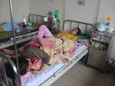Hơn 60 người nhập viện sau khi ăn bánh mì cùng một tiệm