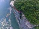"""Trung Quốc khánh thành cây cầu """"vừa đi vừa run"""""""