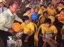 Chăm lo Tết cho trẻ em khuyết tật
