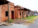 Hàng trăm căn nhà vượt lũ bỏ hoang ở miền Tây