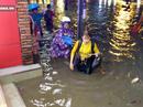 Lội nước ô nhiễm, dân Sài Gòn dể mắc hàng loạt bệnh