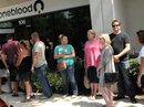 Vụ xả súng Orlando: Cấm người đồng tính hiến máu