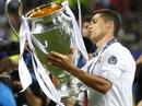 Ronaldo lấn lướt Messi