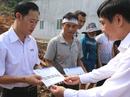 Chủ tịch Tổng LĐLĐ Việt Nam đến với người dân vùng lở núi