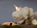 Vừa bị Mỹ trừng phạt, Iran thử ngay tên lửa