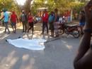 Xe buýt lao vào dòng người diễu hành, 38 người chết