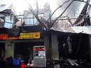 Hai căn nhà ở quận Tân Phú cháy rụi lúc rạng sáng