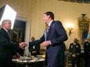 Bữa tối định mệnh của cựu giám đốc FBI với ông Trump