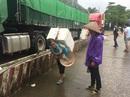 Dưa hấu lại ùn ứ tại cửa khẩu Tân Thanh