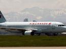 Máy bay Air Canada suýt hạ cánh trúng 4 máy bay