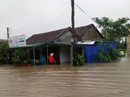 Quảng Ngãi: Thủy điện lại xả lũ, nhiều nơi bị chia cắt