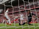 Liverpool - M.U 0-0: Mourinho lại thất hứa