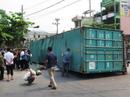 2 người tử vong trong xe ô tô bị container đè là giáo viên