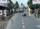 Vượt xe tải trong đêm mưa, 2 người tử nạn