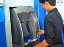 Ngân hàng muốn tăng phí ATM