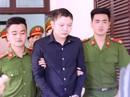 Hoãn xử sơ thẩm kẻ giết nữ sinh viên, dâm ô với trẻ em