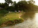 Rủ nhau tắm sông, nữ sinh lớp 6 đuối nước