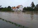Phú Quốc: Nhà dân bị ngập do suối thoát nước bị lấn