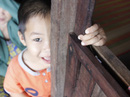Thương quá nụ cười trẻ thơ Hòn Chuối