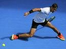 Nadal thoát nỗi ám ảnh trận khai mạc