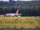 Máy bay hạ cánh khẩn vì hành khách chơi ma túy