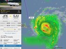 Phi công liều lĩnh lái máy bay xuyên bão Irma